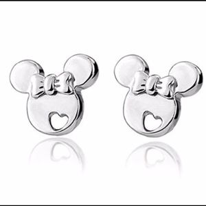 Minnie Mouse shaped silver stud earrings